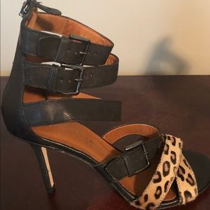 Vero Cuoio leather heels, size 7, New